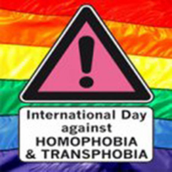 """Mai Der Verein """"DuGay"""" erinnert am Tag gegen Homo- und"""